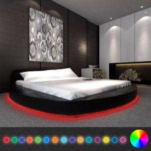 ümmargune madratsiga voodi LED