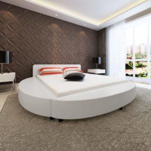ümmargune madratsiga voodi