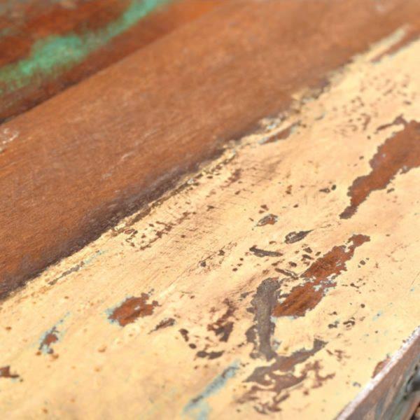 taaskasutatud puidust