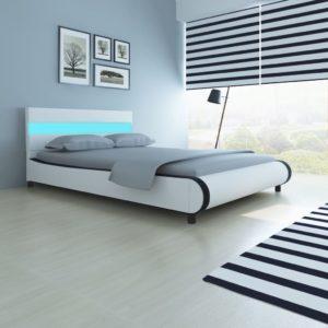 LED-tuledega voodi 140 cm kunstnahast polstriga valge