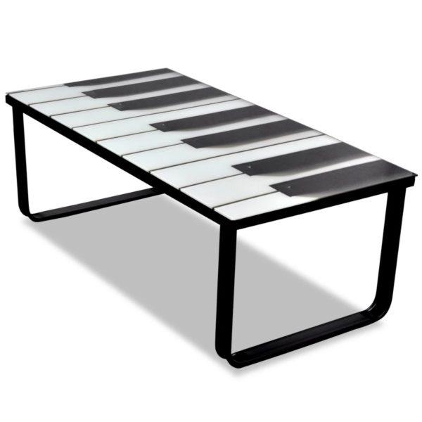 klaasplaadiga klaverimustriga kohvilaud