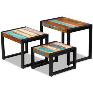 kolm üksteise alla mahtuvat taastatud puidust lauda