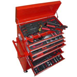 töökoja tööriistakäru tööriistadega