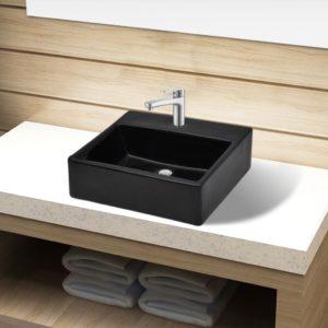 Keraamiline kraaniauguga vannitoavalamu