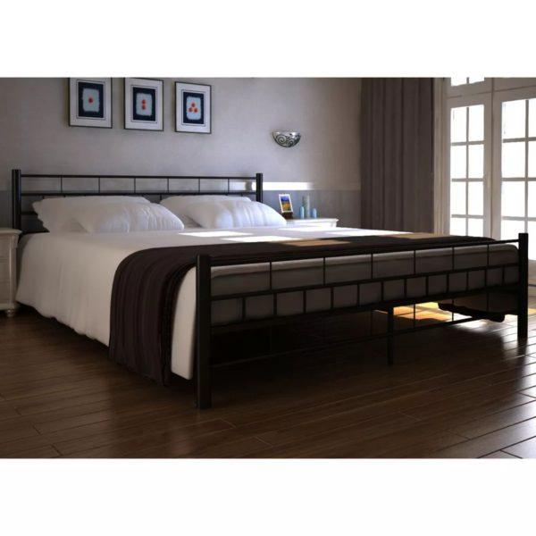 Metallraamiga voodi 180 x 200 cm madratsiga must