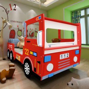 laste tuletõrjeauto kujuga voodi koos madratsiga