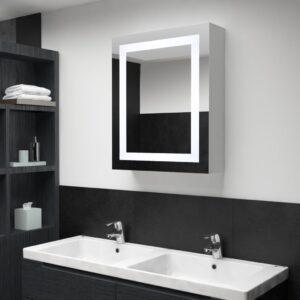 LEDidega vannitoa peegelkapp