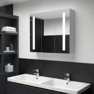 LEDiga vannitoa peegelkapp
