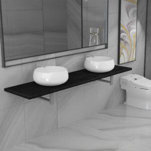kolmeosaline vannitoamööbli komplekt