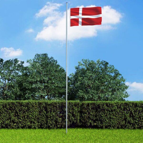 Taani lipp ja lipumast