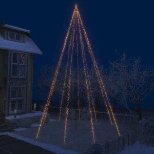 LED-valguskettidega jõulupuu õue 1300 LEDi